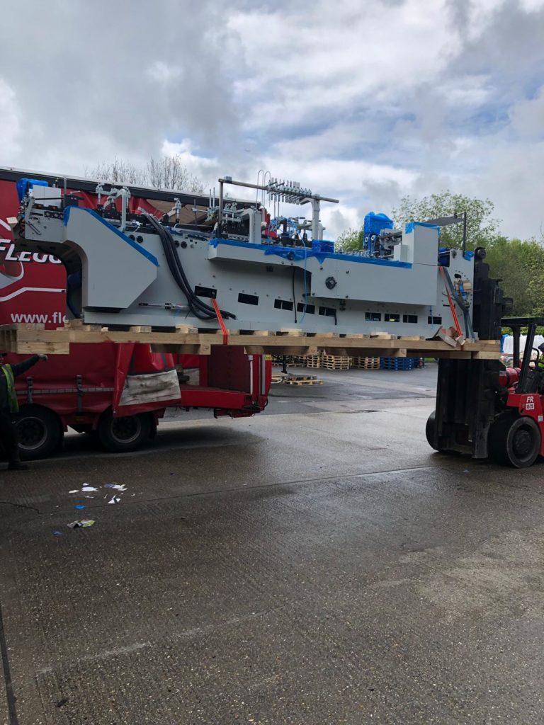 Off-loading of Boomerang 6, May 2019